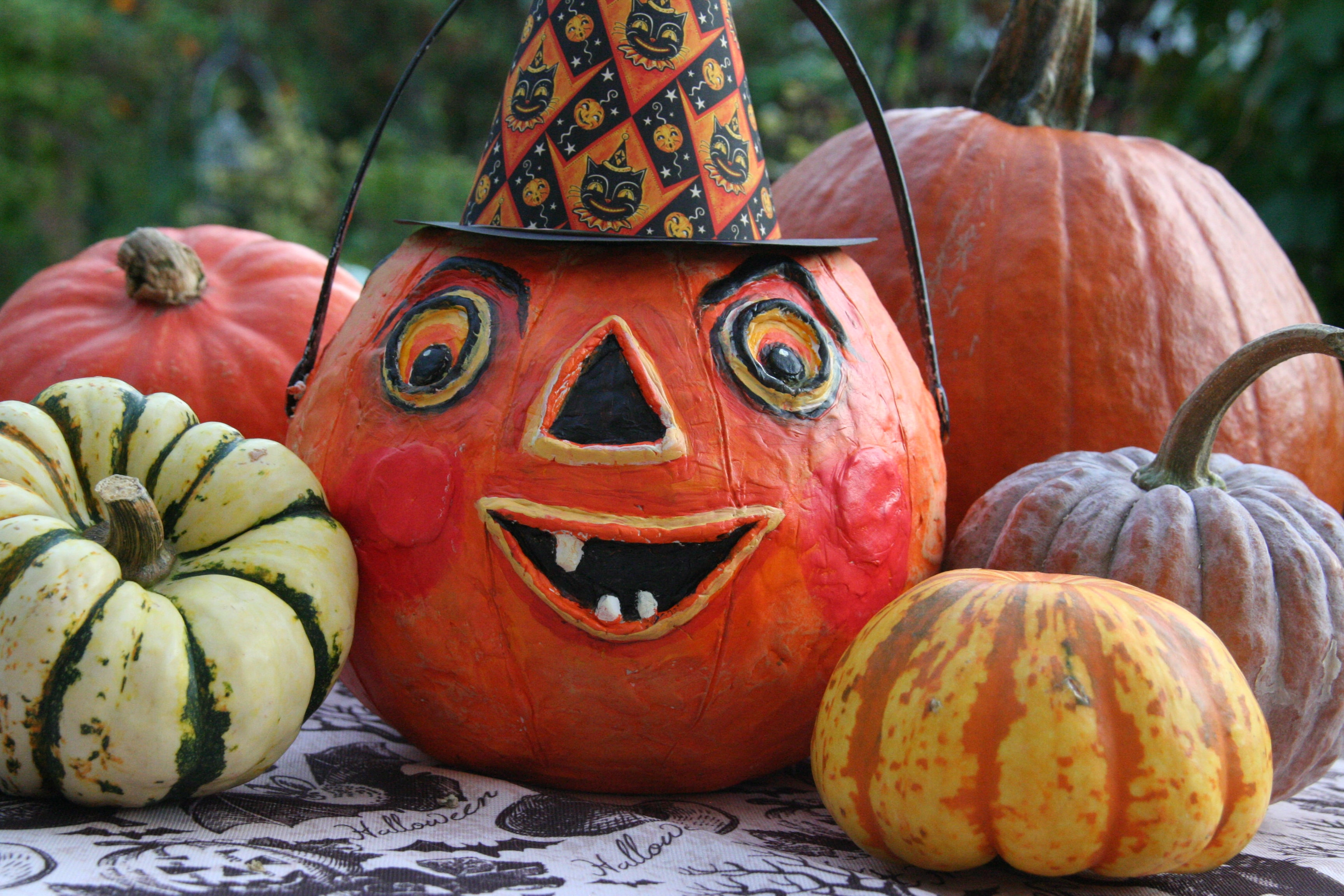 Boo! Check out ISLAND Arts' Halloween highlights #InThisTogetherapART